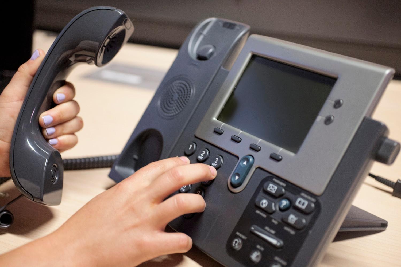 category-0x007fdcfcc96658-dialing-phone.jpg