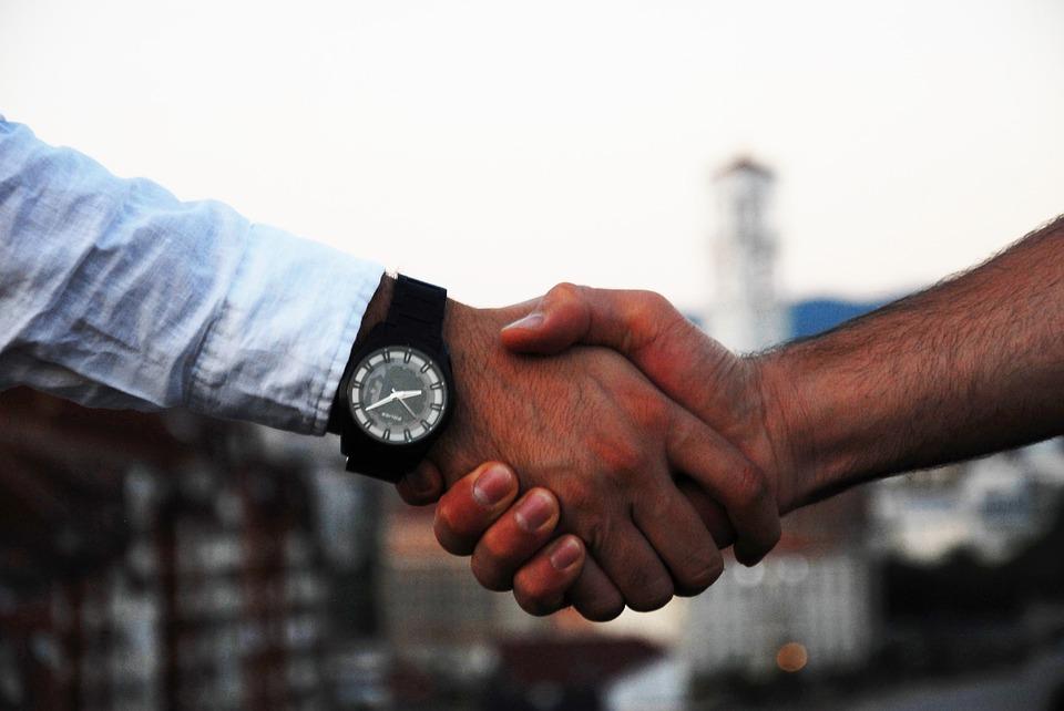 handshake-1513228_960_720.jpg